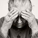 אין בושה: לקשישה אלמנת מלחמה גוזלים 24 שנות קצבה