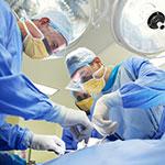 מושתל כבד המשמש כדור פינג פונג בין השופטים לרופאים